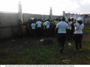 sortie supporters stade omnisports yaoundé